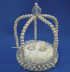 結婚指輪はピローのリボンにとめて★ Ring Holder Wedding, Ring Pillow Wedding, Wedding Rings, Engagement Decorations, Wedding Decorations, Engagement Ring Platter, Bridal Flip Flops, Ring Pillows, Cushion Ring