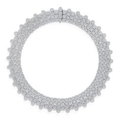 A true fan of Roberto Coin, fashion experts are typically drawn to the Classic Diamond Collection because they are statement pieces that have some interesting elements such as the multi-strand layered diamond necklaces.