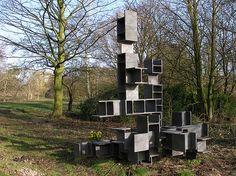 Constructie in DIN 2 André Volten, Sculpture.