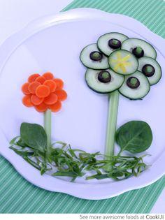 Flower salad See More at http://www.cooki.li/ -