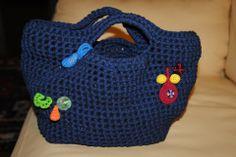 Borsa Blu. Lavorazione Crochet- Fettuccia e applicazioni in cotone