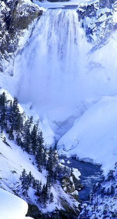 Frozen Waterfall at Yellowstone National Park, Wyoming #BeautifulNature…