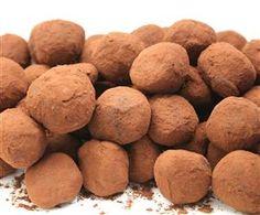 Csoki trüffel Hungarian Recipes, Nutella, Sweet Potato, Dog Food Recipes, Bakery, Food And Drink, Sweets, Potatoes, Candy