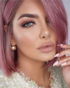 Top 16 hair colour trends for this summer 2017 - Blush Blonde - Pink Haired beauty with pink lipstick