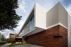T-Shaped Contemporary Mexican House by Hernandez Silva