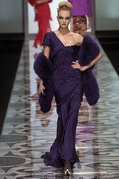 Valentino Garavani fall 2007 couture collection.