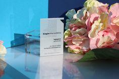 #Clear #transparent #businesscards #visitenkarten #cartesdevisite #tarjetasdevisita #plasticcard #office #trend #business http://www.bce-online.com/en/