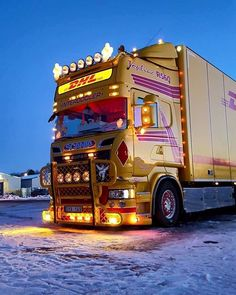 #Scania #Volvo #Daf #Mercedes #Man #V8 #europeantrucks #Volvotrucks…