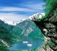 Norway is a perfect honeymoon travel destination for those who want to enjoy a cultural vacation as well as a romantic and unusual vacation. It is a country worth visiting every time, both before and after your honeymoon. It is one of those places which everybody should see!