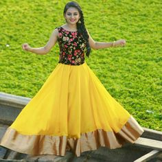 26 Trendy Ideas for birthday dress for teens Dresses For Teens, Trendy Dresses, Fashion Dresses, Girls Dresses, Frock Dress, Anarkali Dress, Lehenga Choli, Party Wear Dresses, Birthday Dresses