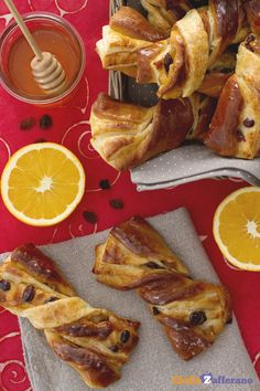 Il #KRANZ è una brioche fragrante e profumata di origine austriaca ideale per la #colazione. #ricetta #GialloZafferano #Austria #brioche