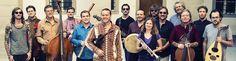 """Christian Wirth und sein Chameleon Orchestra präsentieren auf ihrem Debüt Album """"Windows to the East"""" eine musikalische Begegnung zwischen orientalischer und europäischer Musikkultur.Ein wandelbarer Klangkörper aus 16 Musikerinnen und Musik..."""