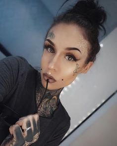Do you like women with tattoos? We post daily pics of lovely tattooed women from all over the world. Hot Tattoos, Girl Tattoos, Tattoos For Women, Tattooed Women, Hot Inked Girls, Tattoed Girls, Chris Garver, Monami Frost, Japanese Tattoos