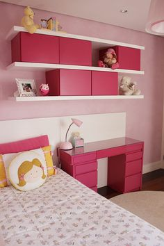 Pink is the perfect colour for girl's bedroom! Discover more pink inspirations with Circu furniture for kids' bedroom: CIRCU. Pink Bedroom For Girls, Pink Room, Bedroom Themes, Bedroom Decor, Bedrooms, Homer Decor, Teen Decor, Small Room Design, Pink Bedding