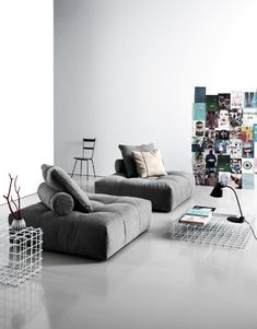 From the creativity of Sergio Bicego comes Pixel sofa, featuring a series of elements that can be freely combined, thanks to an exclusive connector created by Saba Italia. Living Pequeños, Living Room Grey, Living Room Sofa, Home Living Room, Living Room Designs, Sofa Design, Canapé Design, Velvet Furniture, Sofa Furniture