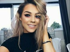 grafika beauty, girl, and hair