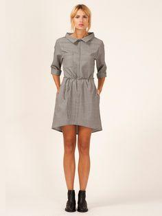 Comfy Collar - Overhemdjurk met een comfortabele wijde kraag. 100% wol - Designed by Barbara van der Zanden