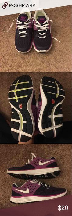 Nike lunarlon 3.5 y or 6 women sneakers Almost brand new. Probably worn once! Excellent condition, it's just sitting here collection dust. So it needs a new home! No box Nike Shoes Sneakers