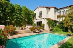 Built in 1928, the actress' Spanish-style home blends original details with modern updates. Browse photos of #KateWalsh's charming casa.