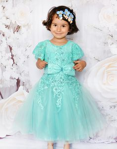 Girls Dresses, Flower Girl Dresses, Wedding Dresses, Flowers, Fashion, Dresses Of Girls, Bride Dresses, Moda, Bridal Gowns