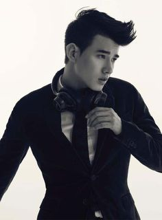 Mario Maurer Mario Maurer, Eye Candy, Handsome, Mens Fashion, Cute, Hot Guys, Moda Masculina, Male Fashion, Fashion For Men