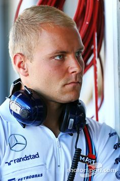 "Bottas:""Hey that Porsche Supercar driver is on TV!"""