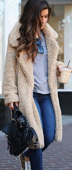 These are Gorgeous Winter Outfits that are trending across the world and followed by most fashion-forward ladies. These outfits make you look gorgeous and most beautiful as well.