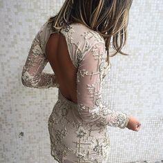 Jorgeane Moreira vestido curto bordado