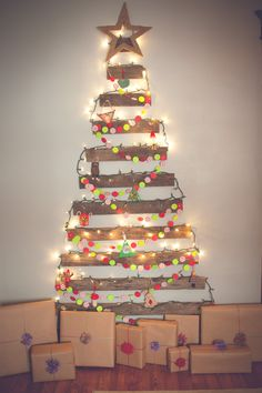 25 Ideas Of How To Make A Wood Pallet Christmas Tree | Pallet ...