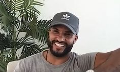 Ricky Whittle, Whittling, Pilot, Mens Sunglasses, Hats, Fashion, Moda, Wood Carving, Hat