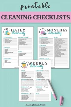 cleaning checklist These free Printable Cleaning Checklists will make spring cleaning your home so easy. This set of printables includes a Daily Cleaning Checklist, a Weekly Cleaning Checklist and a Monthly Cleaning Checklist too! Weekly Cleaning Checklist, Deep Cleaning Tips, House Cleaning Tips, Cleaning Solutions, Cleaning Hacks, Diy Hacks, Weekly Cleaning Schedules, Clean House Checklist, Spring Cleaning Tips
