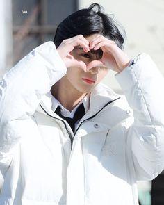 Jinyoung, Nike Jacket, Rain Jacket, Bae, Windbreaker, Raincoat, Celebrities, Jackets, Produce 101