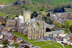 wells cathedral england   Wells Cathedral, Somerset, England