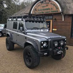 """3,774 Likes, 5 Comments - @landroverphotoalbum on Instagram: """"""""Awesome 110 XS down at @tmd_defenderspecialist!"""" By @landroversoflondon #landrover #Defender110CSW…"""""""