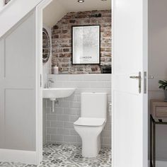 Cedarwood is a great space saving bathroom suite. It has a curved design so it is ideal for smaller bathrooms, cloakrooms and en-suites⠀ -⠀ -⠀ -⠀ Small Downstairs Toilet, Small Toilet Room, Downstairs Cloakroom, Understairs Bathroom, Basement Bathroom, Cloakroom Toilet Downstairs Loo, Small Toilet Decor, Understairs Ideas, Small Toilet Design