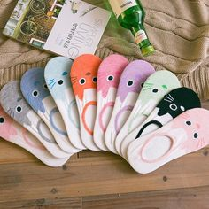 Get these adorable, colorful kitten socks! They're happy and cozy ankle socks for the rest of the summer. Moustaches, Harajuku, Cheap Socks, Cute Cat Face, Girls Socks, Women Socks, Pink Socks, Sock Animals, Funny Socks