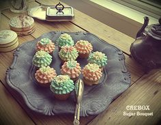 antique cup cakes