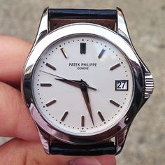 Simplicity at its best with the newly landed Patek Philippe 5107 in white gold #forsale #patekphilippe #calatrava #5107 #europeanwatchco