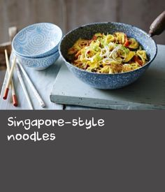 Make this takeaway favourite at home with our quick and easy recipe. Easy Bacon Recipes, Prawn Recipes, Noodle Recipes, Cake Recipes At Home, Delicious Cake Recipes, Yummy Cakes, Tasty Noodles Recipe, Onion Sprouts, Thai Noodles