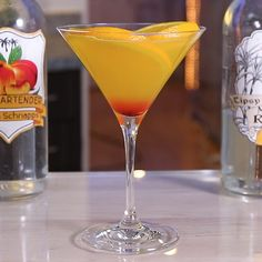Kiss on the Lips - Tipsy Bartender Mango Cocktail, Mango Rum, Martini Flavors, Rum Mixed Drinks, Orange Wheels, Drink Tags, Alcholic Drinks, Kissing Lips