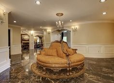 Pin for Later: Will Teresa and Joe Giudice's Mansion Ever Find a Buyer? Additional seating in the hallway. Mansion Bathrooms, Mansion Kitchen, Mansion Bedroom, Mansion Interior, Mansions For Sale, Mansions Homes, Million Dollar Rooms, Teresa Giudice, Mansion Designs