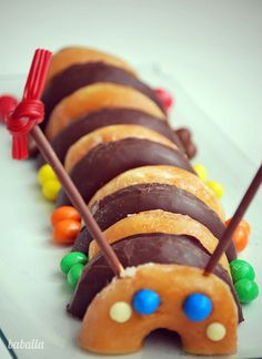tarta_donuts_gusano3 by baballa, via Flickr Más