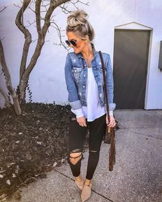 casual outfits for winter ; casual outfits for work ; casual outfits for school ; casual outfits for women ; casual outfits for winter comfy Cute Casual Outfits, Stylish Outfits, Cute Jean Jacket Outfits, Denim Jacket Outfit Summer, Dress With Jean Jacket, Korean Casual Outfits, Cute Jean Jackets, Best Casual Outfits, Stylish Jeans