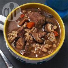Photo de recette : Soupe au bœuf et à l'orge, à la mijoteuse