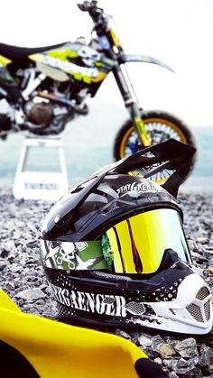 (notitle) - ¡Por qué nos encanta! Moto Enduro, Motorcycle Dirt Bike, Moto Bike, Motorcycle Quotes, Ktm Dirt Bikes, Cool Dirt Bikes, Dirt Biking, Dirt Bike Girl, Motocross Maschinen