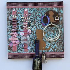 Haar Clip Organizer  Bronze Katze mit rosa samt von Holdilocks, $49.00 Nursery Storage, Organizer, Bronze, Vintage, Etsy, Frame, Decor, Pink Velvet, Craft Gifts