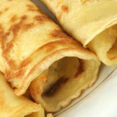 Basic crepes using MimicCreme instead of dairy. Breakfast Crepes, Breakfast Dishes, Crepe Recipes, Dessert Recipes, English Pudding, Crepes Rellenos, Bread And Butter Pudding, Recipe Finder, Pancakes Easy