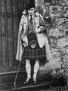 31st January 1933: English author and screenwriter Sir Compton Mackenzie (1883 - 1972)