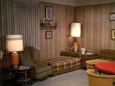 The Brady Bunch Family Room Classic Home Decor, Retro Home Decor, Home Decor Trends, Vintage Bedding Set, Living Tv, 1970s Decor, The Brady Bunch, Home Tv, Colorful Interiors