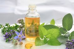 Looking for tincture recipes, or how to make herbal tinctures? Try this out if you're into natural home remedies. How to Make An Herbal Tincture Being a homesteader, you should know how to utilize everything around you. In my case, I grow a lot of herbs a Healing Herbs, Medicinal Herbs, Herbal Tinctures, Herbalism, Herbal Extracts, Natural Home Remedies, Herbal Remedies, Holistic Remedies, Natural Medicine